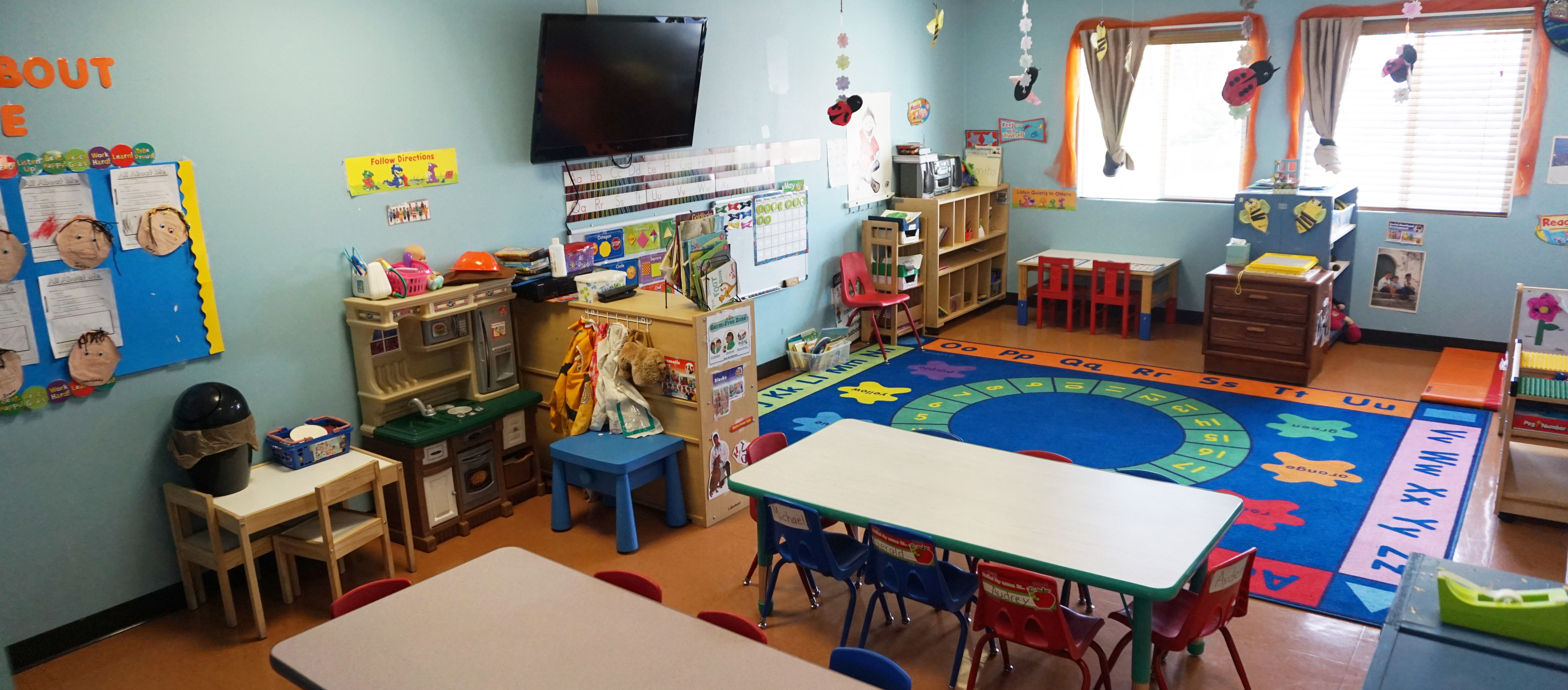Home Dino Daycare And Preschool